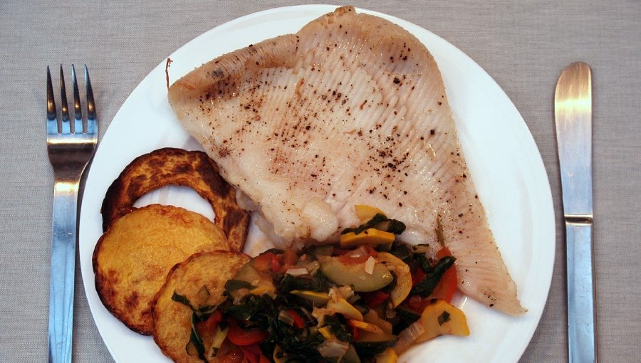 Ray_Wing_with_sauteed_summer_veg_1