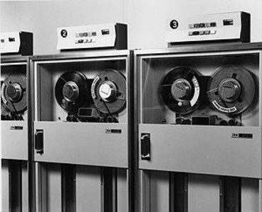 IBM-magnetic-tapes